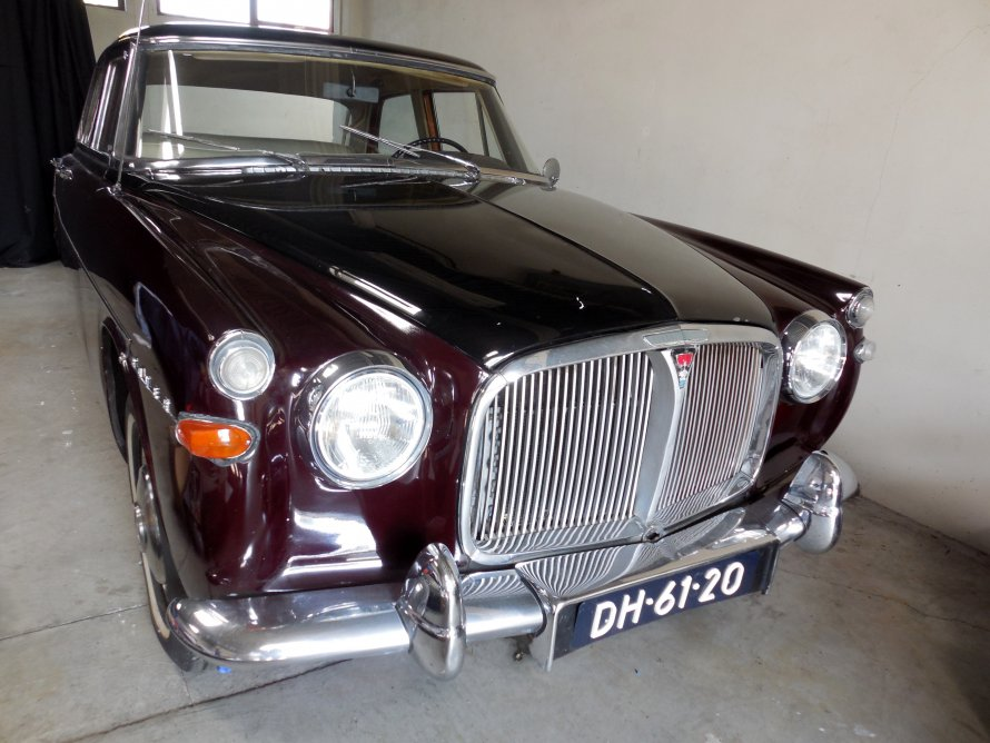 9.9.2014 nieuwe aanwinst : Rover P5 3 ltr Automatic / Airco