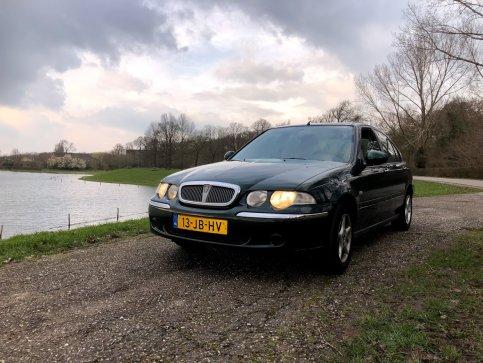 """Nieuwe """"moderne"""" Rover in de collectie :Rover 45 2002 """"leenauto"""""""